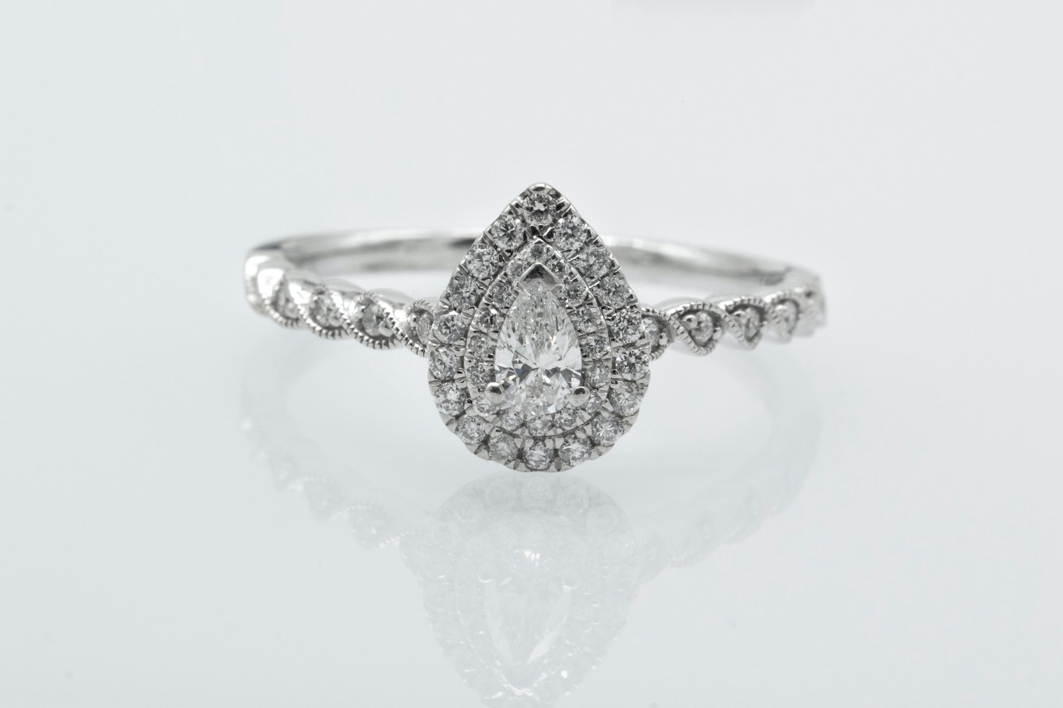 Engagement Ring Knowledge Center